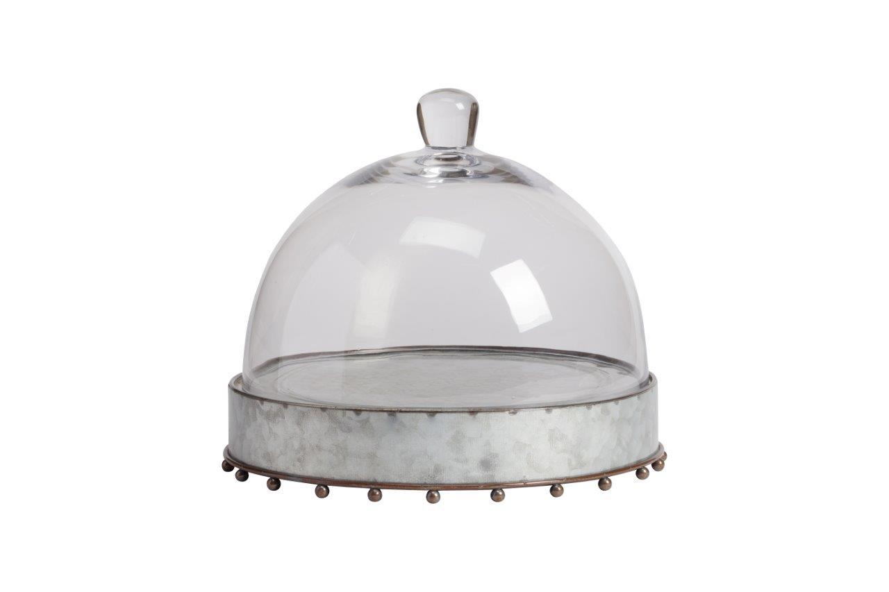 Сервировочный поднос с куполом Baguette GrandeПодставки и доски<br>Круглый сервировочный поднос со стеклянным куполом Baguette Grande применим для подачи блюд заданной температуры. Корпус сделан из металла в сером и коричневом цвете. Практичный и красивый дизайн позволит подать к столу изысканные блюда или напитки. Можно использовать как дома, так и в ресторане или кафе.<br><br>Material: Стекло<br>Height см: 25,4<br>Diameter см: 26,6