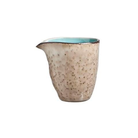 МолочникКофейники и молочники<br>Объем: 180 мл.&amp;amp;nbsp;<br><br>Material: Керамика