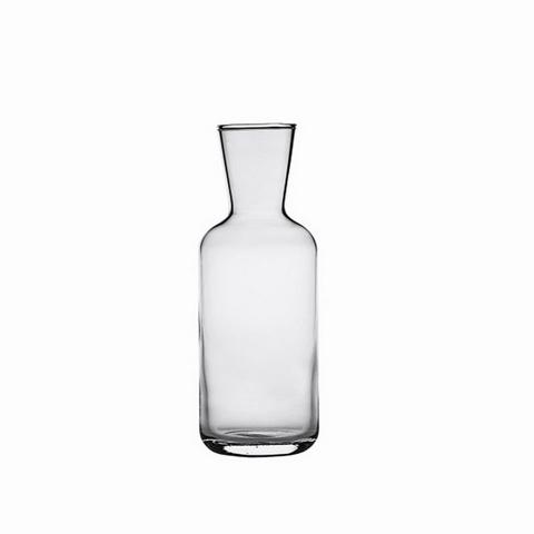 ГрафинКувшины и графины<br>Стекольная фабрика la Rochere (Франция) основана в 1475 году сегодня является старейшим действующим стекольным предприятием Франции и, безусловно, одним из старейших в мире. Особая техника выдувания стекла хранилась в строжайшей тайне и вместе со званием «стекольного дворянина» передавалась владельцем la Rochere из поколения в поколение законному наследнику. И в наши дни работник, поступающий на фабрику la Rochere, принимает торжественную присягу, обязуясь не разглашать секреты стекла la Rochere. Ассортимент выпускаемой сегодня продукции очень широк и включает: посуду и декоративные изделия из прессованного и выдувного стекла: стаканы, подсвечники, салатницы, креманки, графины и тарелки. Изящные изделия художников la Rochere привлекут внимание знатоков и ценителей французского стиля Арт Нуво. Стекло безупречных форм внесет изысканность и аристократизм в Ваш интерьер и привнесет частичку Франции в окружающую Вас действительность. La Rochere отличается особой декоративностью. Эти стеклянные приборы станут отличным дополнением стильной сервировки в частной жизни и заведениях.&amp;lt;div&amp;gt;&amp;lt;br&amp;gt;&amp;lt;/div&amp;gt;&amp;lt;div&amp;gt;Объем: 750 мл.&amp;amp;nbsp;&amp;lt;br&amp;gt;&amp;lt;/div&amp;gt;<br><br>Material: Стекло
