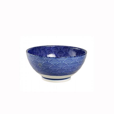 ЧашаМиски и чаши<br>TOKYO – ведущая компания по производству посуды из фарфора и керамики. Особый дизайн и качественное исполнение делают ее востребованной и узнаваемой во всем мире.<br><br>Material: Фарфор<br>Diameter см: 18,5