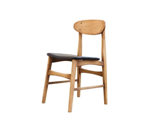 Стул СкандинавияОбеденные стулья<br>&amp;lt;div&amp;gt;Материалы: каркас из массива дуба, обивка из натуральной кожи&amp;lt;br&amp;gt;&amp;lt;/div&amp;gt;<br><br>Material: Дерево<br>Width см: 45<br>Depth см: 49<br>Height см: 81