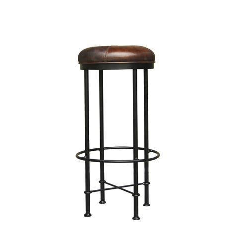 Стул барный ЭванБарные стулья<br>Просторные лофты, отличающиеся необычным оформлением, могут выглядеть очень уютно благодаря использованию особенной мебели. Таковой можно считать барный стул &amp;quot;Эван&amp;quot;. Он выглядит весьма нетривиально за счет металлического каркаса. Его круглая форма с плавными изгибами добавляет облику стула изысканность. Кожаное сиденье благородной коричневой гаммы делает дизайн более презентабельным.<br><br>Material: Кожа<br>Length см: None<br>Width см: None<br>Depth см: None<br>Height см: None<br>Diameter см: None