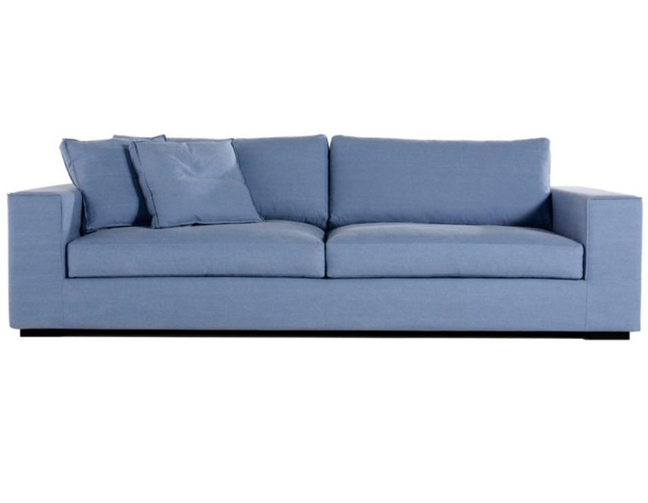 Диван Manchester sofaТрехместные диваны<br>Предлагающий невероятный комфорт &amp;quot;Manchester Sofa&amp;quot; обладает великолепным дизайном. Не делающий компромиссов между удобством и оформлением, он дарит максимум удовольствия как тактильно, так и визуально. Строгая форма конструкции превосходно гармонирует с брутальными интерьерами в промышленном стиле. Синий цвет обивки позволяет дивану выступать в качестве яркого акцента.<br><br>Material: Текстиль<br>Ширина см: 210<br>Высота см: 92.0<br>Глубина см: 102.0