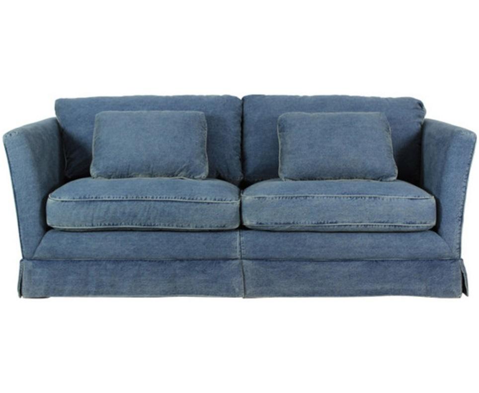 Диван Dessel SofaДвухместные диваны<br>Двухместный диван в современном американском стиле. Воздушные формы дополняет оригинальная обивка из джинсовой ткани. Кофмортный и универсальный предмет, который надолго сохранит свой внешний вид.<br><br>Материал: джинсовая ткань, дуб<br><br>Material: Джинса<br>Length см: 214.0<br>Width см: None<br>Depth см: 91.0<br>Height см: 97.0<br>Diameter см: None