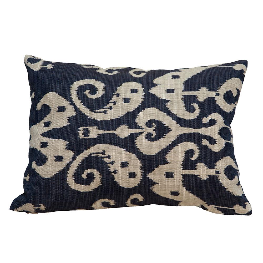 Подушка декоративная BeauПрямоугольные подушки<br>Тема икатов как никогда популярна в текстильном дизайне в настоящее время.В современном дизайне такую подушку можно вводить не только в восточный интерьер, интересным и неожиданным акцентом такая подушка станет и в классическом интерьере - все зависит от Вашей смелости и желания выразить в интерьере свою индивидуальность.&amp;lt;div&amp;gt;&amp;lt;br&amp;gt;&amp;lt;/div&amp;gt;&amp;lt;div&amp;gt;Материал: 80% хлопок/ 20% вискоза.&amp;lt;br&amp;gt;&amp;lt;/div&amp;gt;<br><br>Material: Хлопок<br>Width см: 40<br>Depth см: 10<br>Height см: 30