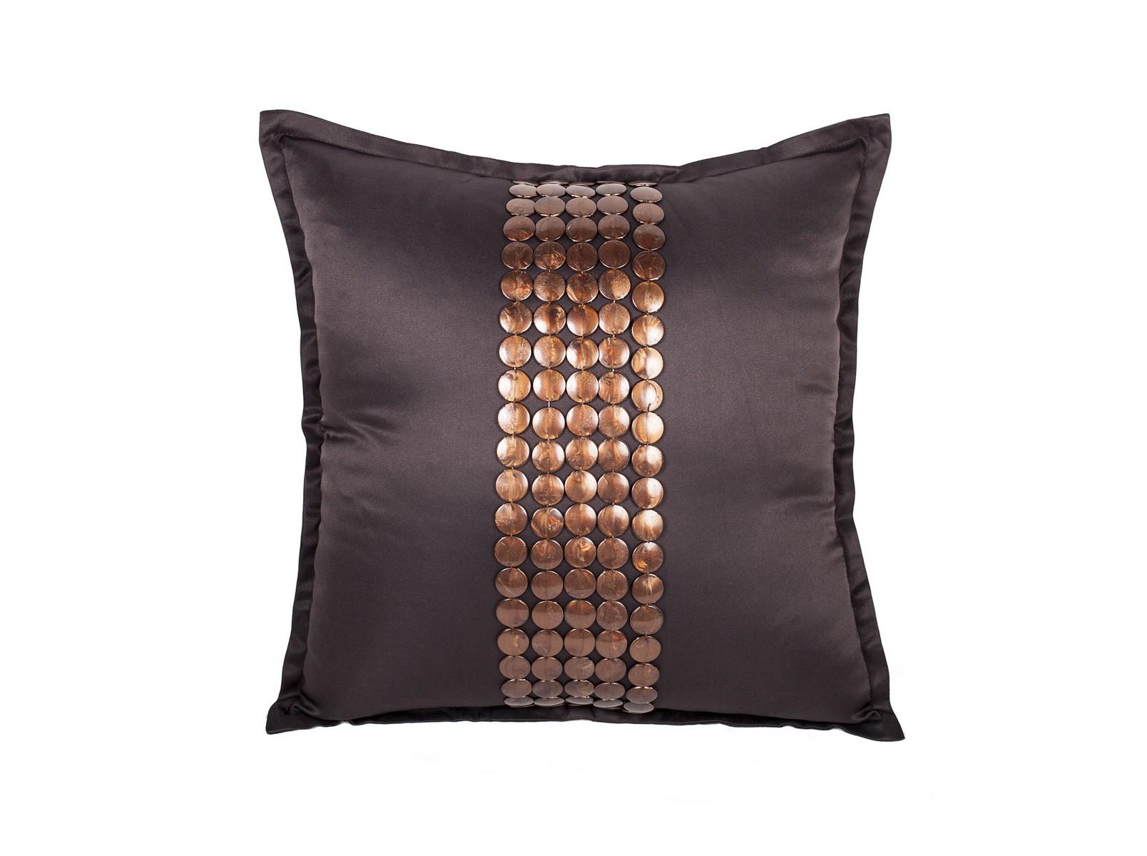 Декоративная подушка Handwork ExclusiveКвадратные подушки<br>Ручное декорирование.<br><br>Material: Сатин<br>Width см: 45<br>Depth см: 4<br>Height см: 45