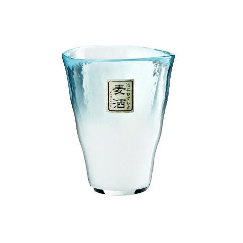 СтаканСтаканы и кружки<br>Toyo Sasaki Glass (TSG) (Япония) – это известная японская компания, которая занимается производством посуды из стекла (бокалы, графины и т.д.). Toyo Sasaki Glass была создана в 2002 году, в результате слияния двух крупнейших японских компаний. Эти две компании соединили лучшие традиции с секреты мастерства в изготовлении качественной стеклянной продукции. Современные технологии позволяют изготовить высококачественное стекло, которое преобразуется в идеально гладкую и красивую посуду.&amp;amp;nbsp;&amp;lt;div&amp;gt;&amp;lt;br&amp;gt;&amp;lt;/div&amp;gt;&amp;lt;div&amp;gt;Объем: 250 мл&amp;lt;/div&amp;gt;<br><br>Material: Стекло