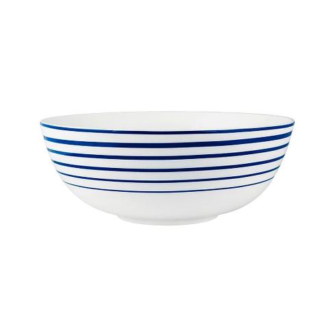 ЧашаМиски и чаши<br>MIKASA по праву считается одним из мировых лидеров по производству столовой посуды из фарфора и керамики. На протяжении более полувека категории качества и дизайна являются неотъемлемой частью бренда. Сегодня MIKASA сотрудничает со многими известными дизайнерами, работающими для лучших фабрик мира, и использует самые передовые технологии в производстве посуды. Все продукты бренда безупречны с точки зрения дизайна и исполнения.<br><br>Material: Керамика<br>Diameter см: 24