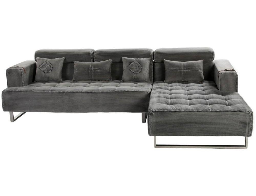 Диван JeansУгловые диваны<br>Этот необычный диван придется по вкусу любителями смелых решений. Большой и удобный, он обит серой джинсовой тканью, широкие сидения декорированы каретной стежкой, а металлические ножки, заплатанные подушки разной формы, прямоугольные подлокотники придают ему особый шик. Для смелых домашних интерьеров, креативных студий и офисных помещений в стиле лофт.<br><br>Material: Джинса<br>Length см: None<br>Width см: 288<br>Depth см: 179<br>Height см: 82<br>Diameter см: None