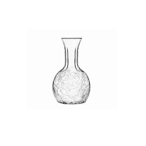 ГрафинКувшины и графины<br>Стекольная фабрика la Rochere (Франция) основана в 1475 году сегодня является старейшим действующим стекольным предприятием Франции и, безусловно, одним из старейших в мире. Особая техника выдувания стекла хранилась в строжайшей тайне и вместе со званием «стекольного дворянина» передавалась владельцем la Rochere из поколения в поколение законному наследнику. И в наши дни работник, поступающий на фабрику la Rochere, принимает торжественную присягу, обязуясь не разглашать секреты стекла la Rochere.&amp;amp;nbsp;Ассортимент выпускаемой сегодня продукции очень широк и включает: посуду и декоративные изделия из прессованного и выдувного стекла: стаканы, подсвечники, салатницы, креманки, графины и тарелки. Изящные изделия художников la Rochere привлекут внимание знатоков и ценителей французского стиля Арт Нуво. Стекло безупречных форм внесет изысканность и аристократизм в Ваш интерьер и привнесет частичку Франции в окружающую Вас действительность. La Rochere отличается особой декоративностью. Эти стеклянные приборы станут отличным дополнением стильной сервировки в частной жизни и заведениях.&amp;lt;div&amp;gt;&amp;lt;span style=&amp;quot;line-height: 1.78571;&amp;quot;&amp;gt;&amp;lt;br&amp;gt;&amp;lt;/span&amp;gt;&amp;lt;/div&amp;gt;&amp;lt;div&amp;gt;Объем: 250 мл.&amp;lt;br&amp;gt;&amp;lt;/div&amp;gt;<br><br>Material: Стекло