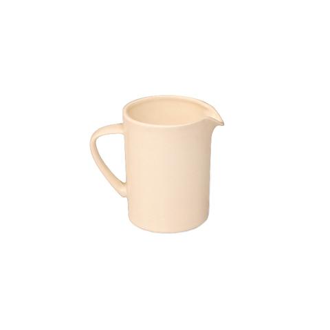 МолочникКофейники и молочники<br>MIKASA по праву считается одним из мировых лидеров по производству столовой посуды из фарфора и керамики. На протяжении более полувека категории качества и дизайна являются неотъемлемой частью бренда MIKASA. Сегодня MIKASA сотрудничает со многими известными дизайнерами, работающими для лучших фабрик мира, и использует самые передовые технологии в производстве посуды. Все продукты бренда  MIKASA безупречны с точки зрения дизайна и исполнения. Благодаря огромному стилистическому разнообразию каждый может выбрать для себя подходящую коллекцию. Несмотря на впечатляющее число конкурентов в области производства столовой посуды, компания MIKASA уже много лет находится в верхних строках списков лидеров мирового масштаба. Изготовленная под именем марки посуда представляет собой безукоризненное совершенство дизайна, сочетаемое с безупречным качеством.&amp;lt;div&amp;gt;&amp;lt;br&amp;gt;&amp;lt;/div&amp;gt;&amp;lt;div&amp;gt;Объем: 350 мл.&amp;lt;br&amp;gt;&amp;lt;/div&amp;gt;<br><br>Material: Керамика