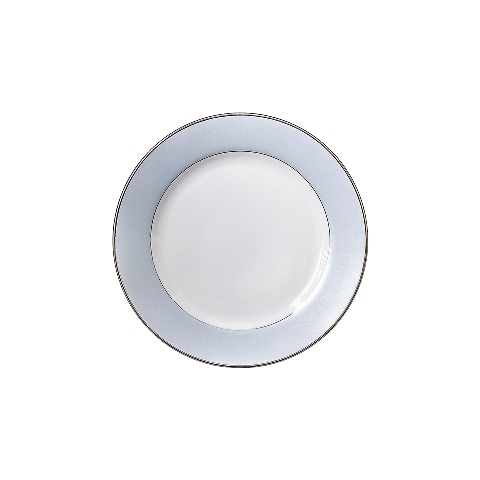 Тарелка для завтракаТарелки<br>MIKASA по праву считается одним из мировых лидеров по производству столовой посуды из фарфора и керамики. На протяжении более полувека категории качества и дизайна являются неотъемлемой частью бренда MIKASA. Сегодня MIKASA сотрудничает со многими известными дизайнерами, работающими для лучших фабрик мира, и использует самые передовые технологии в производстве посуды. Все продукты бренда  MIKASA безупречны с точки зрения дизайна и исполнения. Благодаря огромному стилистическому разнообразию каждый может выбрать для себя подходящую коллекцию. Несмотря на впечатляющее число конкурентов в области производства столовой посуды, компания MIKASA уже много лет находится в верхних строках списков лидеров мирового масштаба. Изготовленная под именем марки посуда представляет собой безукоризненное совершенство дизайна, сочетаемое с безупречным качеством.<br><br>Material: Фарфор<br>Diameter см: 23