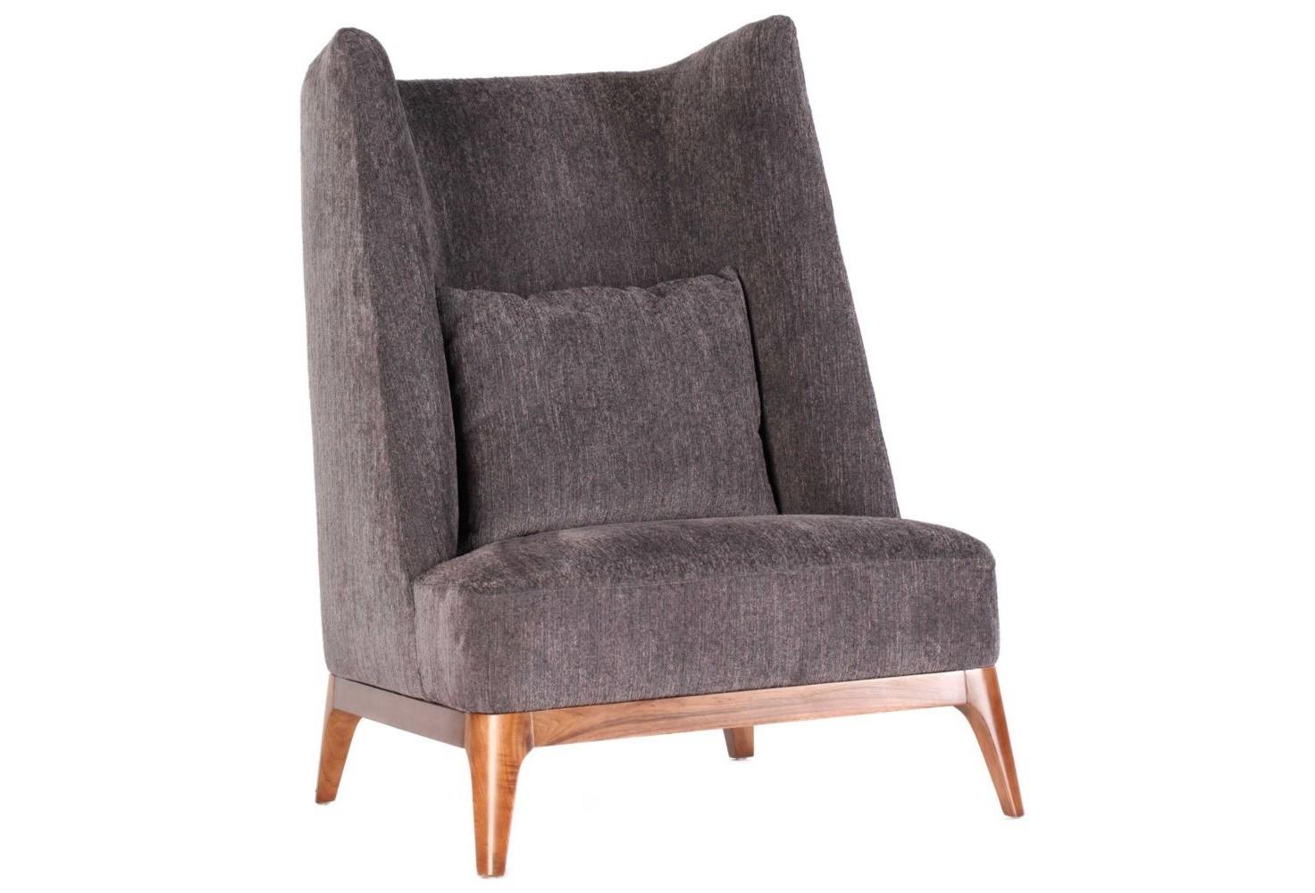 КреслоКресла с высокой спинкой<br>Оригинальное кресло с изогнутой спинкой и расставленными ножками, хоть и стилизовано под мебель 70-х годов, выглядит очень современным. Кресло очень удобно благодаря низкой посадке и подушке для поясницы.<br><br>Material: Текстиль<br>Ширина см: 86<br>Высота см: 120<br>Глубина см: 92