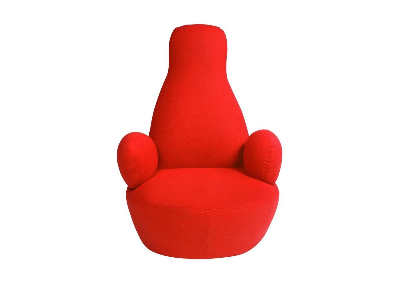 Кресло Bottle ChairКресла с высокой спинкой<br>Бескаркасное, красного цвета, кресло Bottle Chair сочетает в себе надежность и комфорт, его создание вдохновлено знаменитым бескаркасным креслом-мешком итальянского дизайнера Гатти. Кресло с круглым сиденьем и подлокотниками, необычной спинкой, выглядит нестандартно, легко перемещается. Кресло создано для релаксации и вдохновения. Часто говорят: «не лезь в бутылку». А вот в эту «бутылку» как раз можно и нужно «лезть»!<br><br>Material: Кашемир<br>Width см: 70<br>Depth см: 90<br>Height см: 105