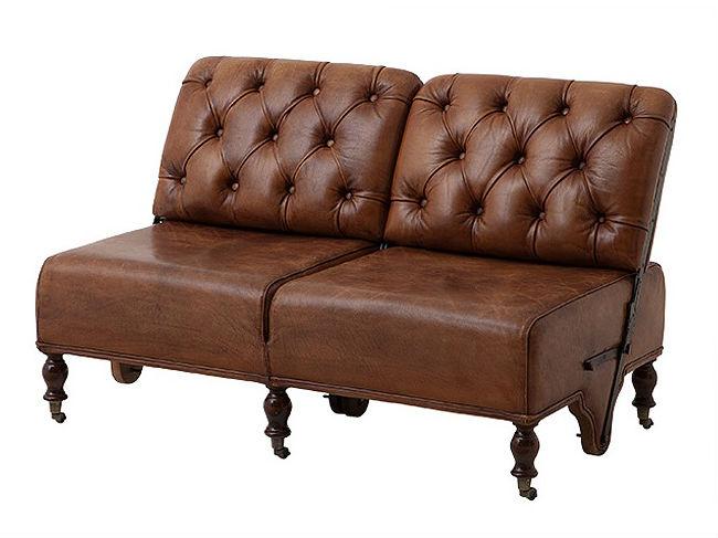 Диван-трансформер Tete a TeteКожаные диваны<br>&amp;lt;div&amp;gt;Кто из нас не любит находить старые вещи, каждый из которых хранит множество тайн? Этот диван, будто вернувшийся из прошлого, тоже имеет свой секрет - механизм трансформации, который переводит спинки в положение &amp;quot;лицом к лицу&amp;quot;. Изящный и благородный дизайн позволит вам вмести светскую беседу с вашими друзьями или членами семьи так, как вам удобнее. Уникальные резные ножки, стяжка капитоне и кожаная обивка сделают вашу квартиру сдержанно шикарной, добавив в нее нотки аристократичности.&amp;lt;br&amp;gt;&amp;lt;/div&amp;gt;<br><br>Material: Кожа<br>Width см: 126<br>Depth см: 73<br>Height см: 80