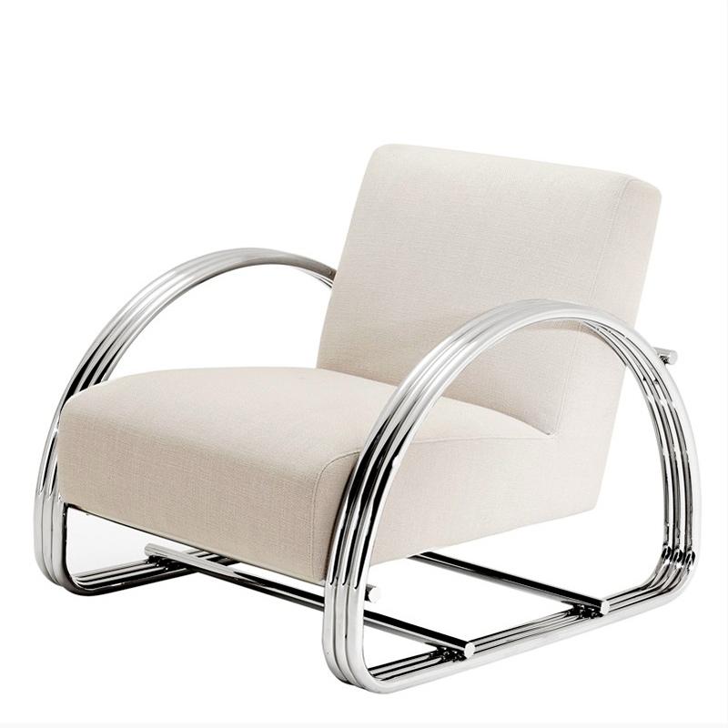 КреслоИнтерьерные кресла<br>Кресло с подлокотниками Chair Basque на ножках из нержавеющей стали. Кресло обтянуто тканью молочного цвета.<br><br>Material: Текстиль<br>Ширина см: 75<br>Высота см: 72<br>Глубина см: 87