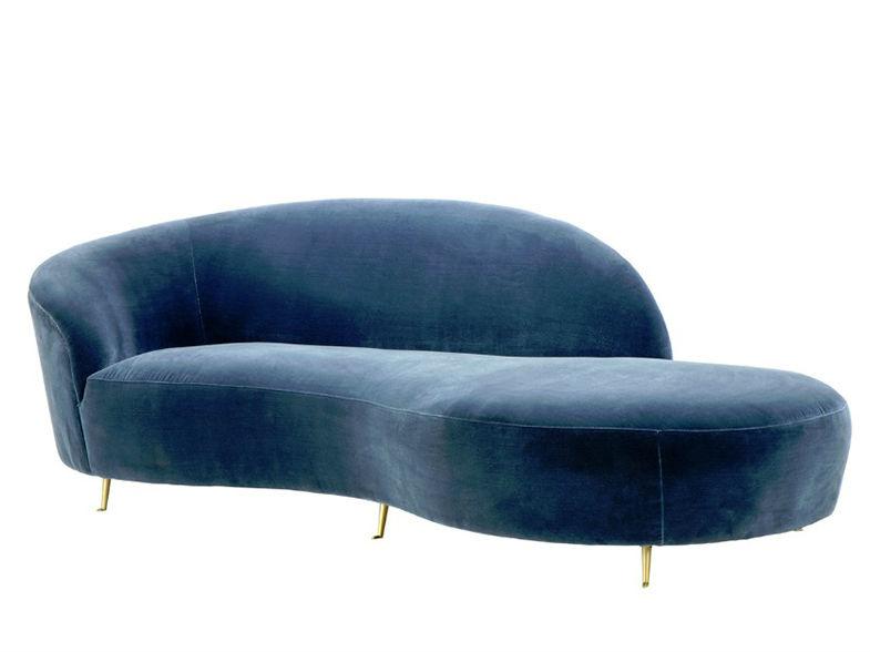 ДиванТрехместные диваны<br>Аристократичность и комфорт - вот главные характеристики этого дивана. На нем будет удобно устроиться в положении полулежа, благодаря широкой спинке необычной формы, с любимой книжкой в руках. Благородная вельветовая ткань и изящные тонкие ножки добавят изысканности любому помещению. Отдыхайте с шиком!<br><br>Material: Вельвет<br>Ширина см: 248.0<br>Высота см: 74.0<br>Глубина см: 104.0