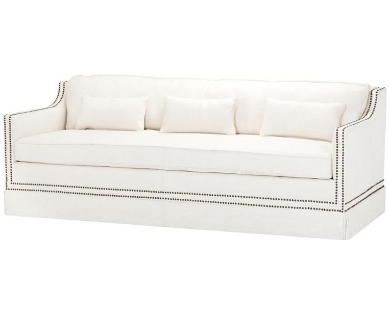 Диван Sofa FrazerТрехместные диваны<br>Этот диван, как белоснежная жемчужина, станет украшением любой планировки! Двойная гвоздевая строчка, высокая посадка и элегантные подлокотники, &amp;quot;скользящие&amp;quot; вниз сделают его главной драгоценностью вашего интерьера. Аристократичное решение для тех, кто обладает безупречным вкусом.<br><br>Material: Текстиль<br>Ширина см: 225<br>Высота см: 80<br>Глубина см: 90