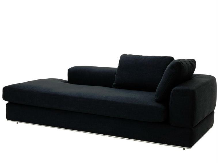 ДиванТрехместные диваны<br>&amp;lt;div&amp;gt;Этот диван для философов и поэтов! Он просто создан для того, чтобы лежать на нем и декламировать стихи или рассуждать о смысле жизни, думать о &amp;quot;высоком&amp;quot; или просто дремать после тяжелого трудового дня. Он украсит собой интерьер в стиле лофт, ведь его лаконичный дизайн и боковая спинка позволят вашему телу отдохнуть, а душе почувствовать вдохновение.&amp;lt;br&amp;gt;&amp;lt;/div&amp;gt;<br><br>Material: Текстиль<br>Ширина см: 229.0<br>Высота см: 67.0<br>Глубина см: 106.0