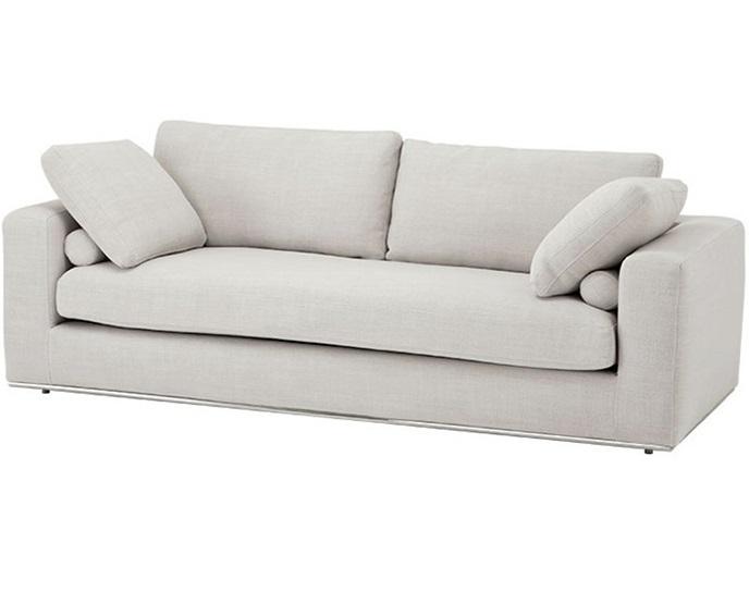 Диван Sofa AtlantaТрехместные диваны<br>Диван Sofa Atlanta на ножках из нержавеющей стали. Диван обтянут тканью молочного цвета. Мягкие подушки.<br><br>Material: Текстиль<br>Ширина см: 222<br>Высота см: 80<br>Глубина см: 100