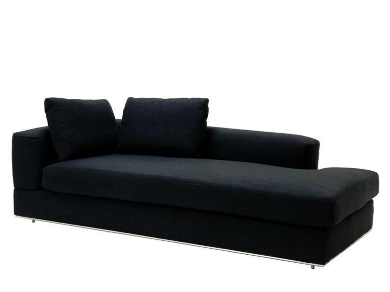 ДиванТрехместные диваны<br>&amp;lt;div&amp;gt;Этот диван для философов и поэтов! Он просто создан для того, чтобы лежать на нем и декламировать стихи или рассуждать о смысле жизни, думать о &amp;quot;высоком&amp;quot; или просто дремать после тяжелого трудового дня. Он украсит собой интерьер в стиле лофт, ведь его лаконичный дизайн и боковая спинка позволят вашему телу отдохнуть, а душе почувствовать вдохновение.&amp;lt;br&amp;gt;&amp;lt;/div&amp;gt;<br><br>Material: Текстиль<br>Ширина см: 229<br>Высота см: 67<br>Глубина см: 106