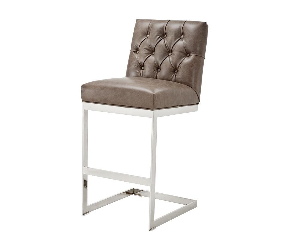 Стул FrazerБарные стулья<br>Металлические ножки стального цвета. Модель выполнена в технике &amp;quot;Капитоне&amp;quot;.<br><br>Material: Кожа<br>Width см: 46<br>Depth см: 53<br>Height см: 108