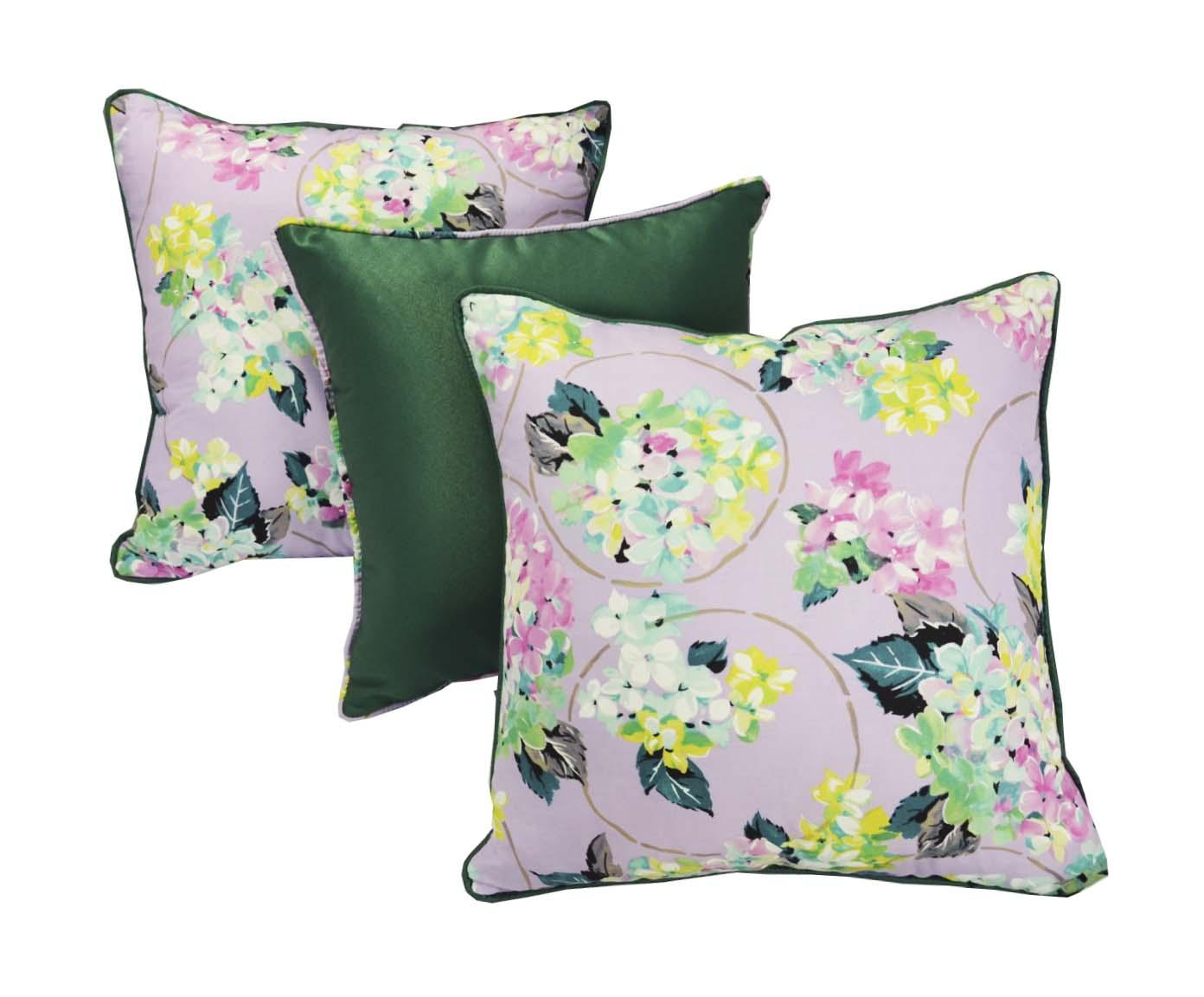 Комплект подушек Гортензия (3шт)Квадратные подушки и наволочки<br>Комплект декоративных  подушек. Чехол съемный.<br><br>Material: Хлопок<br>Width см: 45<br>Depth см: 15<br>Height см: 45