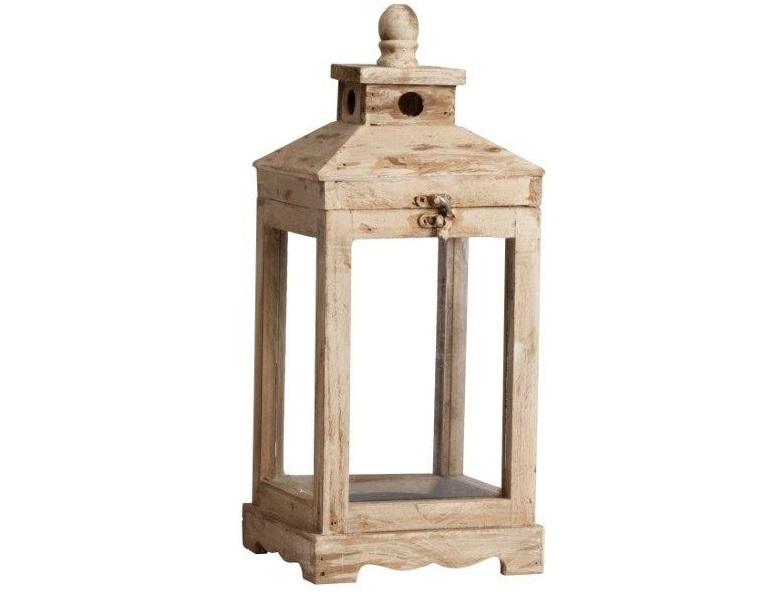 Подсвечник Gossamer PiccoloПодсвечники<br>Оригинальный подсвечник Gossamer Piccolo сделан из металла, но его необычная окраска создает полное впечатление деревянной поверхности. Он непременно украсит любую комнату, оформленную в стиле Прованс, привнеся в интерьер налет старины и аристократичности. Аксессуар имеет изящную форму, благородный бежевый цвет и дизайн, что позволяет ему удачно гармонировать с другими предметами в доме. Добавьте романтики в свою жизнь!<br><br>Material: Дерево<br>Ширина см: 18<br>Высота см: 43<br>Глубина см: 18