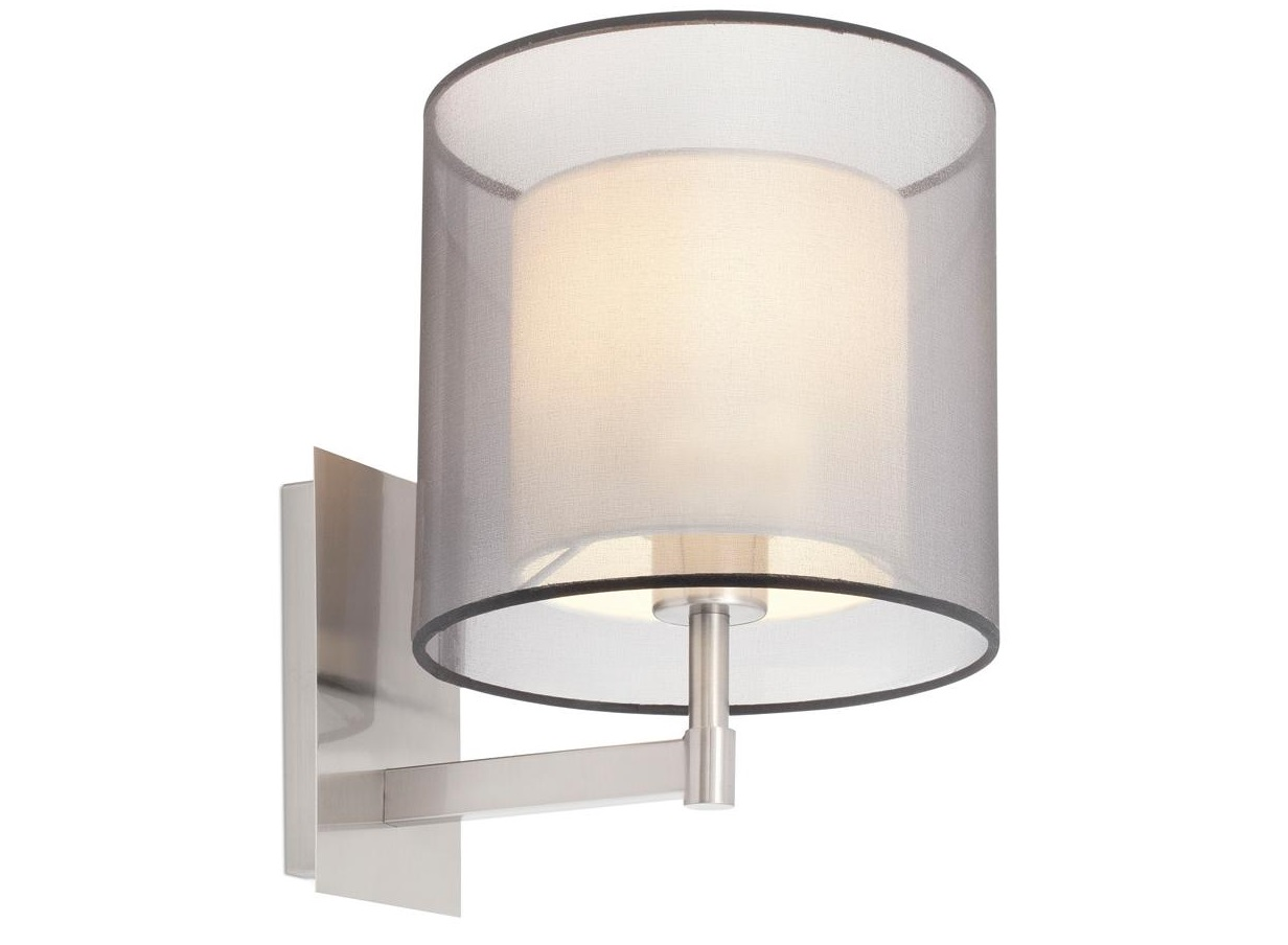 Бра SabaБра<br>Бра SABA от испанской фабрики Faro – это блестящий пример сочетания классического и современного стилей. В коллекцию SABA от барселонской фабрики света входит торшер, бра, а также несколько вариантов подвесов и настольных ламп. Светильники SABA имеют двойной плафон, который позволяет создать теплый приглушенный свет. Плафон настенного светильник SABA можно поворачивать вверх или вниз.<br>Цоколь: Е27<br>Мощность: 40Вт<br><br>Material: Металл<br>Length см: 22<br>Width см: 27<br>Depth см: None<br>Height см: 31<br>Diameter см: None