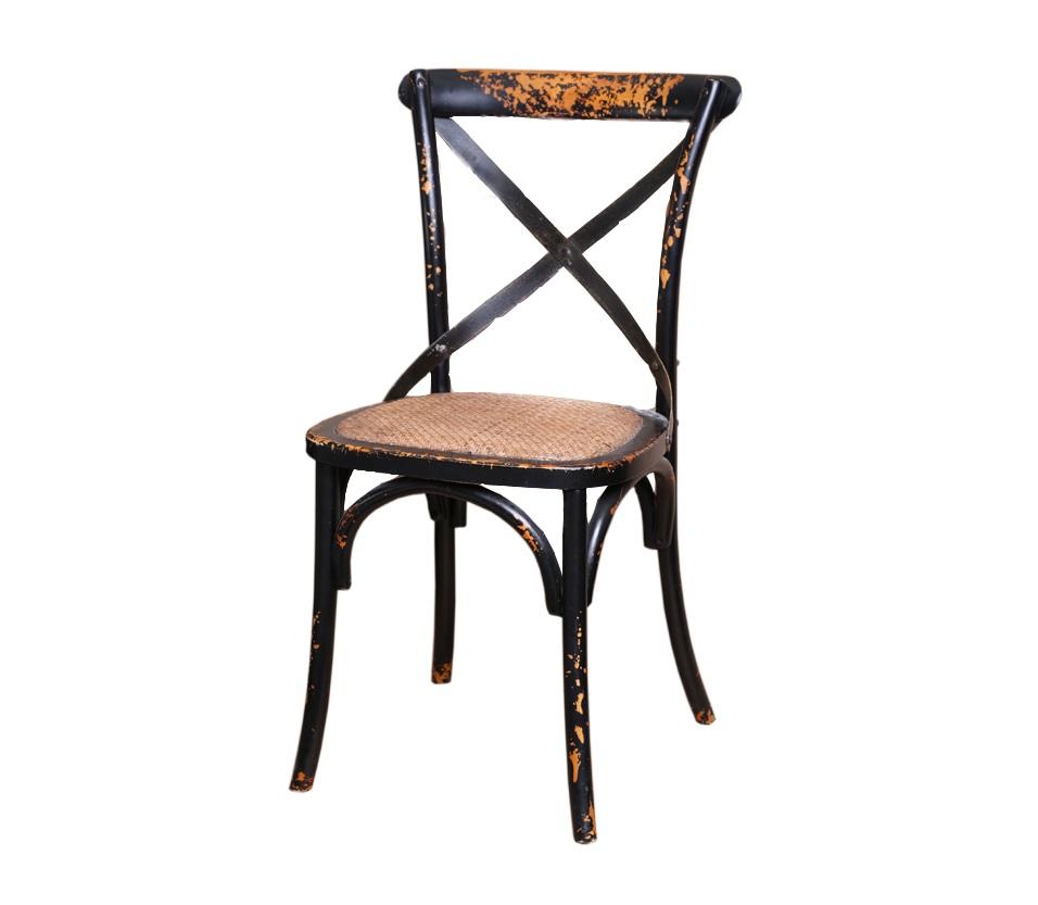 СтулОбеденные стулья<br>Классические стулья выглядят оригинально благодаря состаренной деревянной поверхности и деревянной или металлическое крестовине в спинке. Сиденье: желтая кожа. Варианты отделки: черный или белый цвет.<br><br>SH -353 - металлическая крестовина.<br><br>SH - 355 - деревянная крестовина.<br><br>Material: Кожа<br>Length см: None<br>Width см: 50<br>Depth см: 40<br>Height см: 90