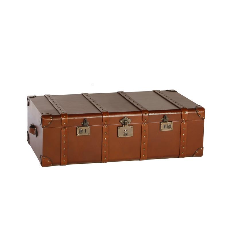 Сундук Boatswain's SecretsСтаринные сундуки<br>Сундук в ретро-стиле, изготовленный из кожи ярко-рыжего цвета, стилизован под чемодан. Ремни, замки, заклепки, металлическая фурнитура делают сундук стильным и придают романтику путешествий, но помимо этого он вместителен и практичен.<br><br>Material: Кожа<br>Length см: None<br>Width см: 112<br>Depth см: 60<br>Height см: 37<br>Diameter см: None