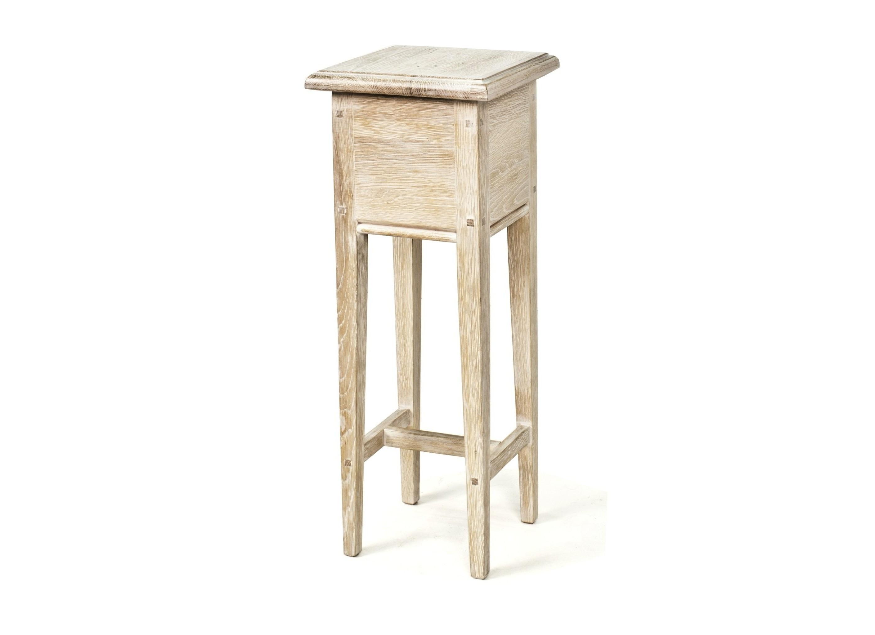 Кофейный столикКофейные столики<br>Совсем миниатюрная вещь, но иногда именно такая мебель просто необходима как последний штрих, легкий акцент в интерьере… И да – на нем можно сервировать кофе.&amp;lt;div&amp;gt;&amp;lt;br&amp;gt;&amp;lt;/div&amp;gt;&amp;lt;div&amp;gt;Материал: выбеленный массив дуба&amp;lt;/div&amp;gt;<br><br>Material: Дуб<br>Length см: 20.0<br>Width см: 20.0<br>Depth см: None<br>Height см: 53.0<br>Diameter см: None