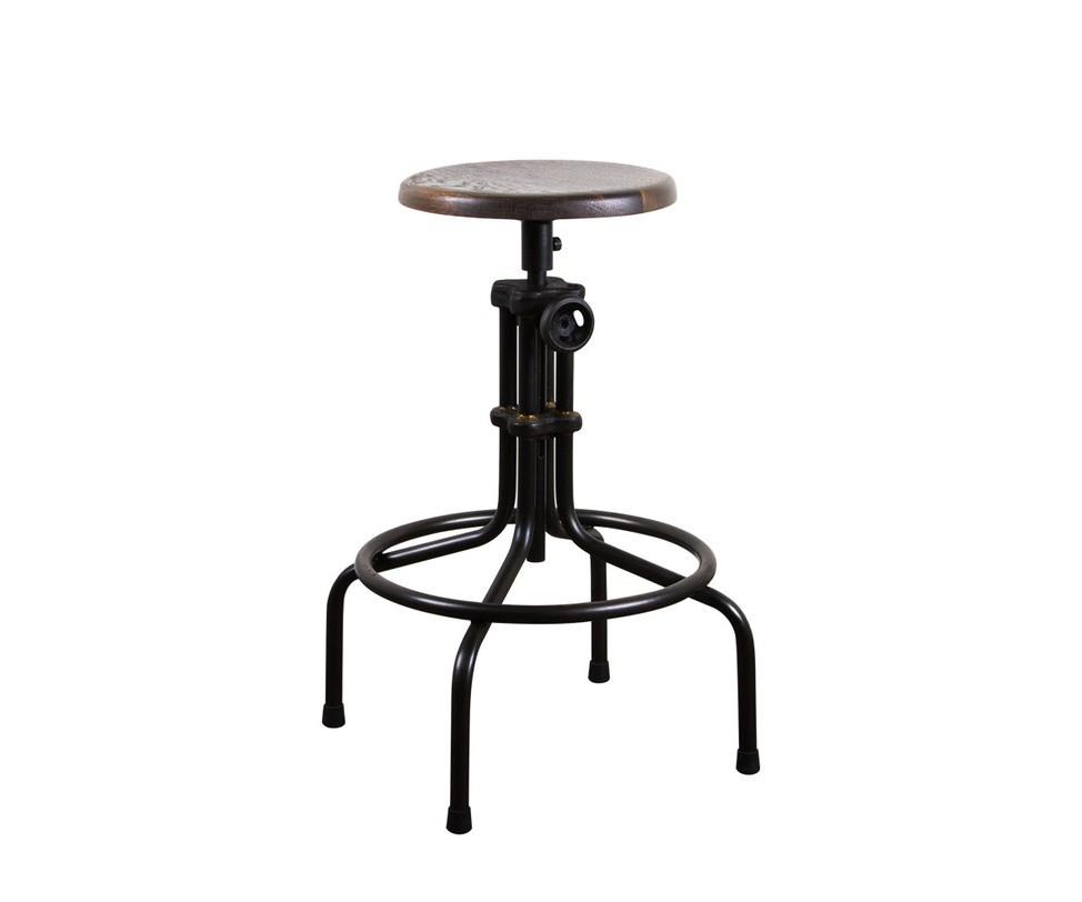 Стул Isaac Counter High StoolОбеденные стулья<br>&amp;quot;Isaac Counter High Stool&amp;quot; ? высокий барный стул, созданный под вдохновением от мебели, наполнявшей промышленные помещения XX века. Комбинирующий в себе старинное дерево и прочный металл, он смотрится очень ярко и одновременно элегантно. Этот стул привлекает к себе внимание благодаря удивительной конструкции ножки. Металлические окружности, сочетающиеся с изогнутыми и прямыми деталями, притягивают взгляд.<br><br>Material: Металл<br>Length см: 40<br>Width см: 40<br>Height см: 64