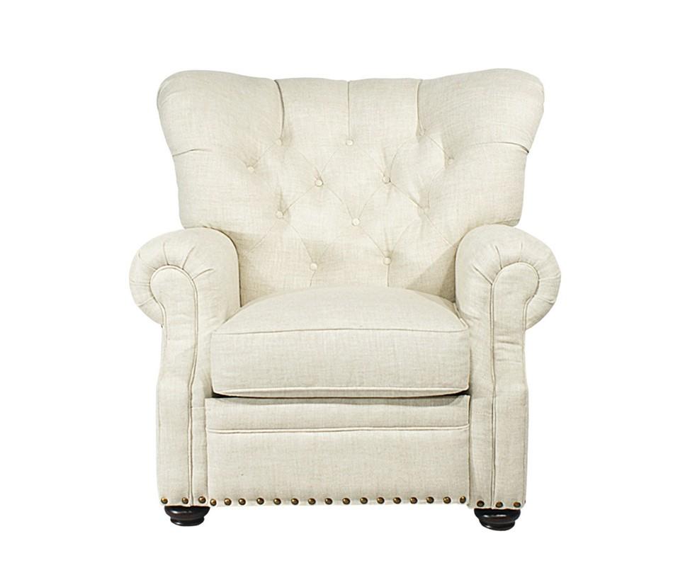 Кресло Rockford reclinedИнтерьерные кресла<br>Мягкое кресло с расширяющейся к верху спинкой, украшенной стежкой капитоне. Массивные подлокотники, низкие темные ножки, светлая льняная обивка. Снизу сиденье украшено медными мебельными гвоздиками. Внутри скрывается сюрприз -- специальный механизм, подстраивающий кресло под тело сидящего.<br><br>Material: Лен<br>Length см: 105<br>Width см: 109<br>Height см: 101