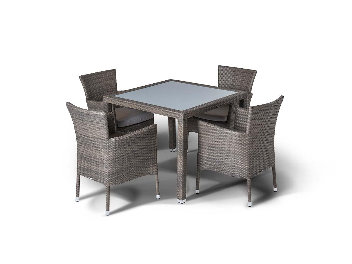 Обеденная группа БеноКомплекты уличной мебели<br>&amp;lt;div&amp;gt;Обеденная группа на 4 персоны, стол Бари со стеклянной столешницой толщиной 5 мм., алюминиевый каркас, искусственный ротанг. Стулья Терни с подлокотниками и подушкой.&amp;amp;nbsp;&amp;lt;/div&amp;gt;&amp;lt;div&amp;gt;&amp;lt;br&amp;gt;&amp;lt;/div&amp;gt;&amp;lt;div&amp;gt;Стол Бари: 90х90х75 см.&amp;amp;nbsp;&amp;lt;/div&amp;gt;&amp;lt;div&amp;gt;Кресло Терни: 56х60х85 см.&amp;lt;/div&amp;gt;<br><br>Material: Ротанг<br>Width см: 90<br>Depth см: 90<br>Height см: 75