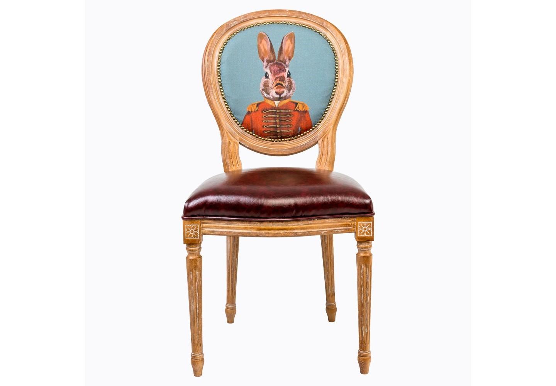 Стул Мистер ДавыдоффОбеденные стулья<br>Стул обильно украшен изящными желобками и кольцами, выточенными с ювелирной меткостью. Благородная фактура натурального дерева вселяют атмосферу тепла, спокойствия и уюта. У него мягкая спинка и комфортное сиденье. Спинка стула овальной формы, что придет  этому предмету мебели особую изящность. Обивочная ткань спинки стула из льна и хлопка покрыта тефлоновым покрытием против пятен. Стул имеет подвеску из эластичных ремней, что делает его удобным, прочным и долговечным. Нанесенная вручную патина смягчает цвета и создает различные оттенки пастельных тонов.&amp;amp;nbsp;&amp;lt;div&amp;gt;&amp;lt;br&amp;gt;&amp;lt;/div&amp;gt;&amp;lt;div&amp;gt;Отделка стула: браширование, патинирование с легким эффектом искусственного старения, легкий матовый лак.&amp;amp;nbsp;&amp;lt;div&amp;gt;&amp;lt;span style=&amp;quot;line-height: 1.78571;&amp;quot;&amp;gt;Набивка сиденья: полиуретановая пена (плотность: 35 кг/м?). Набивка спинки: полиуретановая пена (плотность: 28 кг/м?).&amp;lt;/span&amp;gt;&amp;lt;br&amp;gt;&amp;lt;/div&amp;gt;&amp;lt;/div&amp;gt;&amp;lt;div&amp;gt;&amp;lt;span style=&amp;quot;line-height: 1.78571;&amp;quot;&amp;gt;&amp;lt;br&amp;gt;&amp;lt;/span&amp;gt;&amp;lt;/div&amp;gt;&amp;lt;div&amp;gt;Материал: каркас стула бук, обивка спинки 20% лен, 80% полиэстер с тефлоновым покрытием против пятен, обивка сиденья эко-кожа.&amp;lt;br&amp;gt;&amp;lt;/div&amp;gt;<br><br>Material: Дерево<br>Width см: 50<br>Depth см: 47<br>Height см: 98
