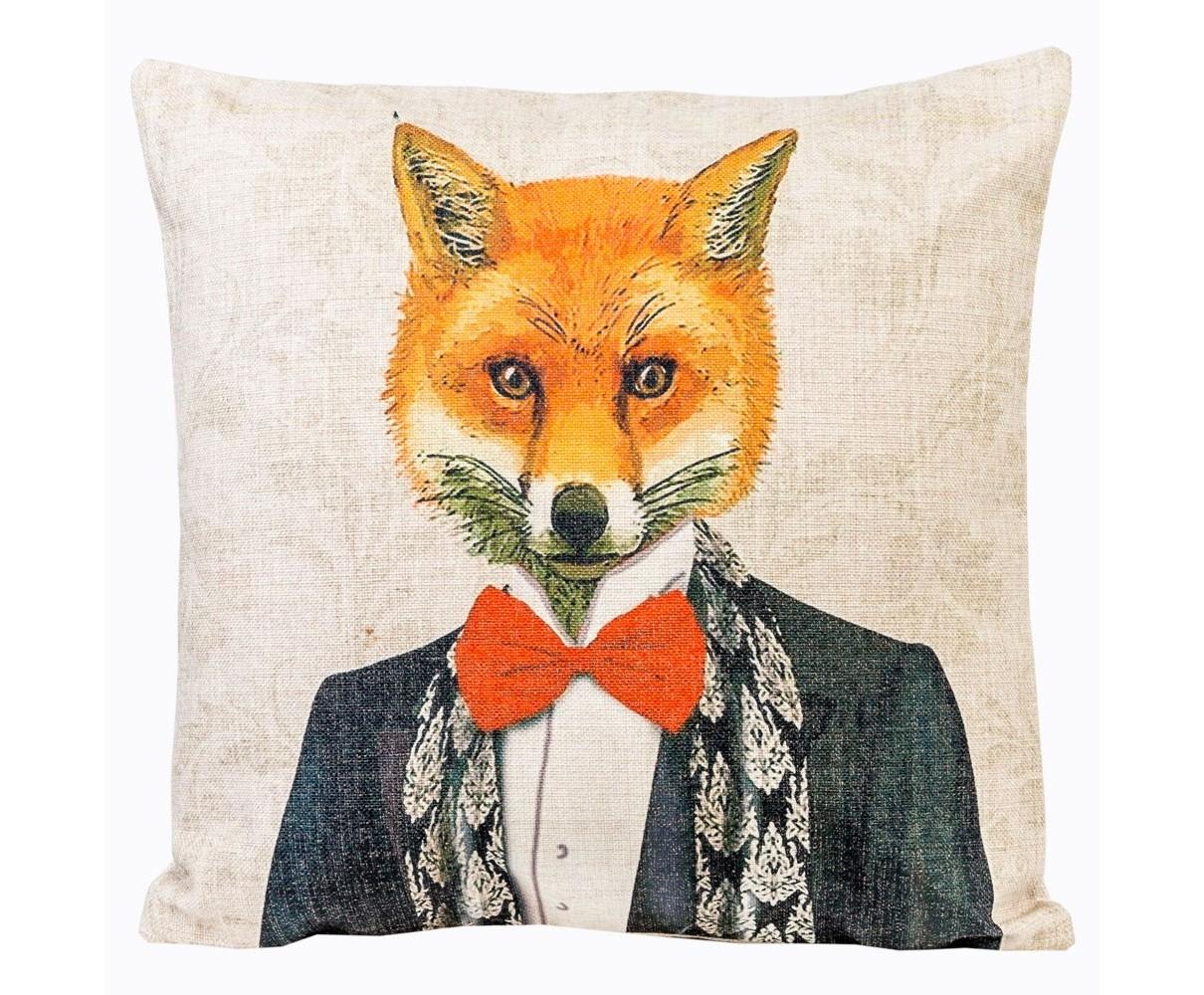 Подушка декоративная  Мистер КазиноКвадратные подушки и наволочки<br>&amp;lt;div&amp;gt;Подбор аксессуаров - миссия ответственная, но бесконечно приятная. Ведь дизайн - это не работа, а хобби, творчество и вдохновение. В дом допускаются предметы не просто красивые. В первую очередь, они обязаны быть желанными. С интерьерным комиксом &amp;quot;В мире животных&amp;quot; Вы заново оцените яркость и эффект своей домашней обстановки. Для детской комнаты декоративные подушки с изображениями забавных зверушек - практически предмет первой необходимости. Отметьте при этом их рациональный размер. Не упустите возможность обладания уникальными дизайнерскими аксессуарами. Коллекция &amp;quot;В мире животных&amp;quot; выпущена лимитированными экземплярами.&amp;lt;/div&amp;gt;&amp;lt;div&amp;gt;&amp;lt;br&amp;gt;&amp;lt;/div&amp;gt;&amp;lt;div&amp;gt;Материал: состав ткани хлопок 25%, лен 15%, полиэстер 60%, плотность ткани 445 гр/м2.&amp;lt;/div&amp;gt;&amp;lt;div&amp;gt;&amp;lt;br&amp;gt;&amp;lt;/div&amp;gt;<br><br>&amp;lt;iframe width=&amp;quot;530&amp;quot; height=&amp;quot;360&amp;quot; src=&amp;quot;https://www.youtube.com/embed/3vitXSFtUrE&amp;quot; frameborder=&amp;quot;0&amp;quot; allowfullscreen=&amp;quot;&amp;quot;&amp;gt;&amp;lt;/iframe&amp;gt;<br><br>Material: Текстиль<br>Ширина см: 45.0<br>Высота см: 15.0<br>Глубина см: 15