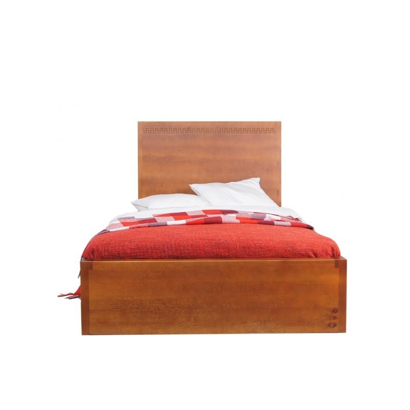 Кровать Gouache BirchДеревянные кровати<br>Размер спального места: 120х200 см&amp;lt;div&amp;gt;Материал: массив березы&amp;lt;/div&amp;gt;&amp;lt;div&amp;gt;Кровать с ящиком для белья&amp;lt;/div&amp;gt;&amp;lt;div&amp;gt;Основание входит в комплект&amp;lt;/div&amp;gt;<br><br>Material: Береза<br>Ширина см: 125<br>Высота см: 120<br>Глубина см: 210