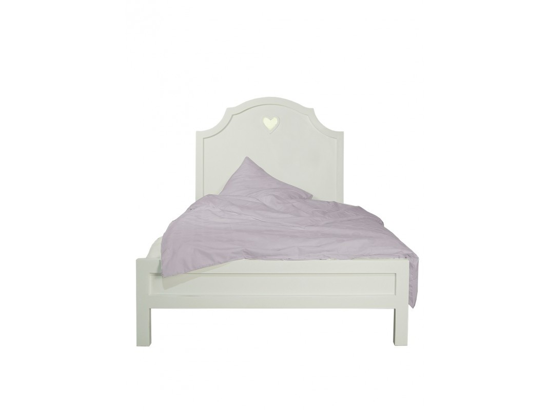 Кровать AdelinaДеревянные кровати<br>Материал: массив березы&amp;lt;div&amp;gt;Размер спального места: 120х190 см&amp;lt;/div&amp;gt;<br><br>Material: Береза<br>Ширина см: 125<br>Высота см: 135<br>Глубина см: 197