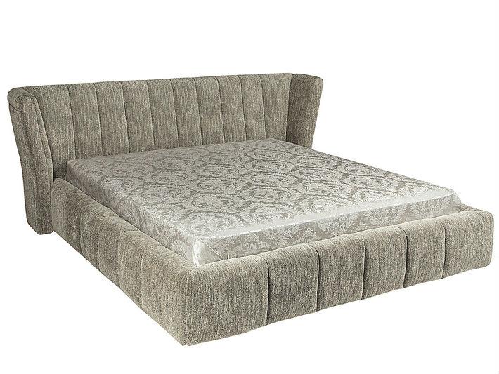 КроватьКровати с мягким изголовьем<br>Невероятно широкая, длинная и уютная кровать – это настоящее «лежбище» в самом привлекательном смысле этого слова. Слегка расклешённая загнутая мягкая спинка, а также панель кровати обиты текстилем серебристо-серого цвета и декорированы объёмной вертикальной стёжкой. Модель, несомненно, станет акцентом современной спальни.&amp;lt;div&amp;gt;&amp;lt;br&amp;gt;&amp;lt;/div&amp;gt;&amp;lt;div&amp;gt;Размер матраса: 180*200&amp;lt;br&amp;gt;&amp;lt;/div&amp;gt;<br><br>Material: Текстиль<br>Length см: None<br>Width см: 236<br>Depth см: 256<br>Height см: 100