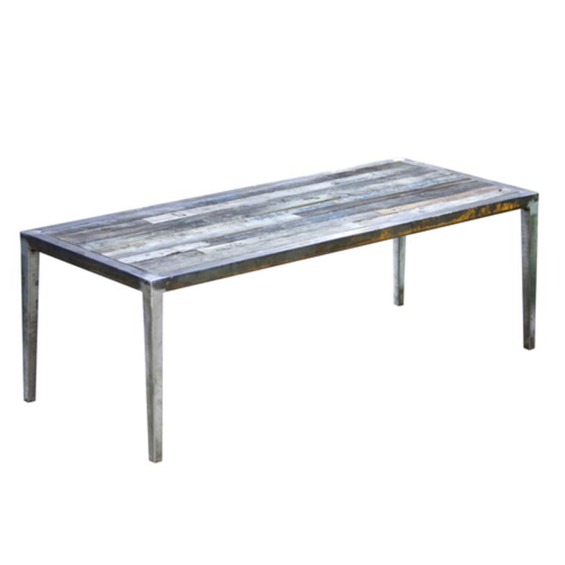 Стол Оldwood QweenОбеденные столы<br>Артистичный дизайн стола понравится творческим личностям. В металлический каркас вписана наборная деревянная столешница с оригинальным фактурным покрыттием.<br><br>Возможны различные варианты размеров и отделки металла.<br>Срок изготовления: 4-5 недель.<br><br>Material: Дерево<br>Length см: 220.0<br>Width см: 90.0<br>Depth см: None<br>Height см: 75.0<br>Diameter см: None