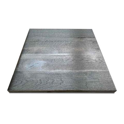 СтолешницаОбеденные столы<br><br><br>Material: Дуб<br>Width см: 70<br>Depth см: 3<br>Height см: 70