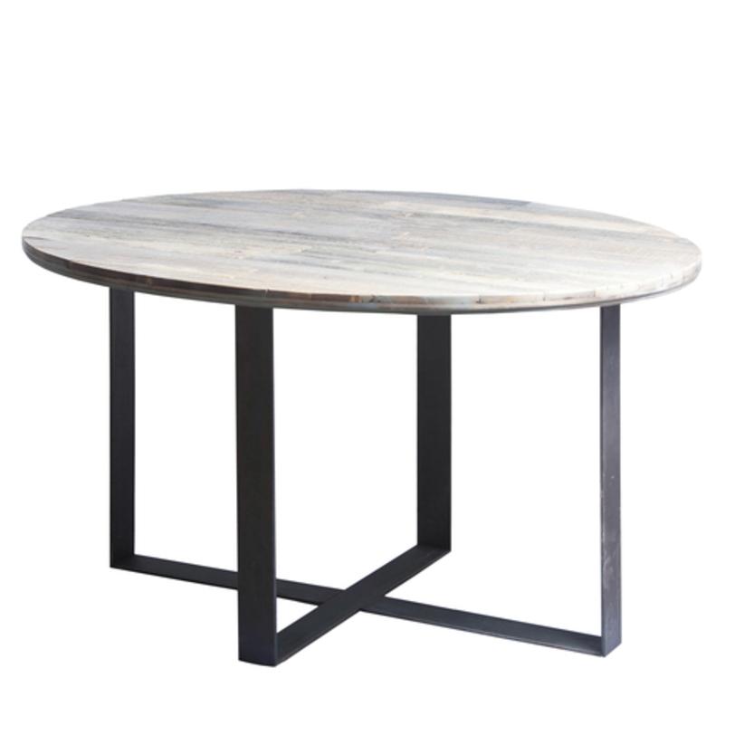 Стол Old Ellipse CrosstripeОбеденные столы<br>Поклонникам натуральных и слегка огрубевших материалов посвящен стол &amp;quot;Old Ellipse Crosstripe&amp;quot;. Столешницу образуют брусчатые доски, местами тонированные цветной краской. Ножки представлен плоскими скобами из стали. Неровности и зазоры в отделке добавляют брутальности. За счет массивных размеров стол подойдет в качестве журнального и обеденного варианта.<br><br>Mатериал: старые доски, березовая фанера, колерованый водный лак, сталь, колеса<br>цвет стали: белый или черный цвет; сталь с эффектом старения и защищенными узлами сварки под лаком.<br><br>Возможно изготовление любых размеров (стоимость необходимо уточнять).<br>Срок изготовления: 4-5 недель.<br><br>Material: Дерево<br>Length см: 140.0<br>Width см: 100.0<br>Depth см: None<br>Height см: 75.0<br>Diameter см: None