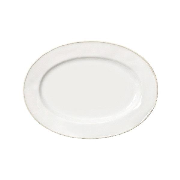 Блюдо овальноеДекоративные блюда<br>Costa Nova (Португалия) – керамическая посуда из самого сердца Португалии. Она максимально эстетична и функциональна. Керамическая посуда Costa Nova абсолютно устойчива к мытью, даже в посудомоечной машине, ее вполне можно использовать для замораживания продуктов и в микроволновой печи, при этом можно не бояться повредить эту великолепную глазурь и свежие краски. Такую посуду легко мыть, при ее очистке можно использовать металлические губки – и все это благодаря прочному глазурованному покрытию.<br><br>Material: Керамика<br>Diameter см: 30