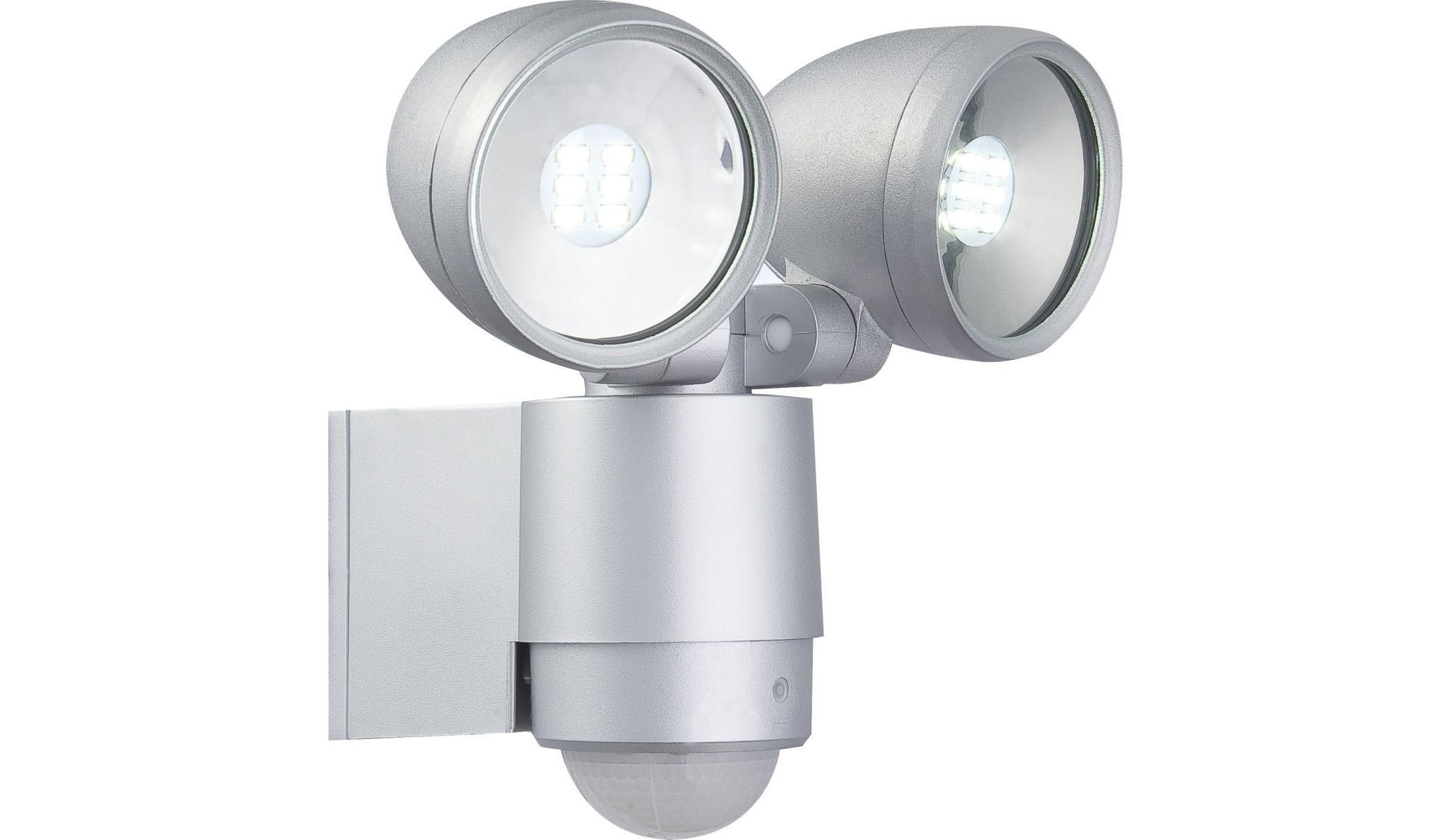 Светильник уличныйУличные настенные светильники<br>&amp;lt;div&amp;gt;Вид цоколя: LED&amp;lt;/div&amp;gt;&amp;lt;div&amp;gt;Мощность: 3W&amp;lt;/div&amp;gt;&amp;lt;div&amp;gt;Количество ламп: 2&amp;lt;/div&amp;gt;&amp;lt;div&amp;gt;Наличие ламп: есть&amp;lt;/div&amp;gt;<br><br>Material: Алюминий<br>Width см: 18<br>Depth см: 14,5<br>Height см: 16